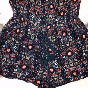 Mossimo Supply Co. Pants & Jumpsuits - 🤍 Floral Romper